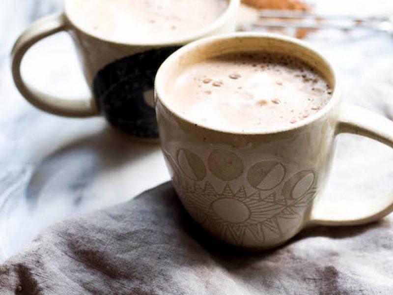 So sánh bột cacao nguyên chất và cacao sữa